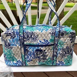 Vera Bradley Large Duffel Bag Santiago